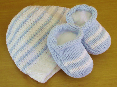100% Cotton, Hand Made Hat and Booties Set